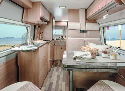 anmietung von wohnmobile reisemobile f r ihren urlaub. Black Bedroom Furniture Sets. Home Design Ideas