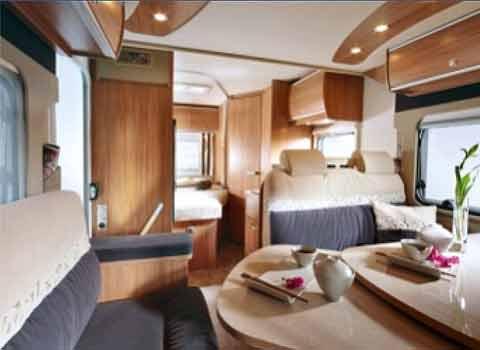 anmietung von wohnmobile reisemobile f r ihren urlaub autovermietung sch ler aschaffenburg. Black Bedroom Furniture Sets. Home Design Ideas